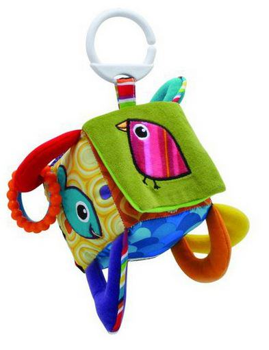 kostka na hraní, ideální způsob jak zabavit roční dítě